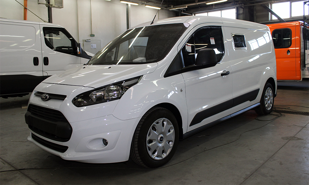 Oferta comerciala autovehicul blindat nou, Ford Transit Connect